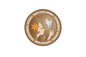 やきやき三輪 ハワイ ロゴ